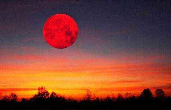 Кровавая Луна и великое противостояние Марса в конце июля